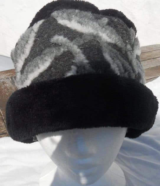 Ladies fleece hat