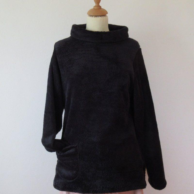 Chic pullover, feminine long jumper